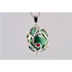 SILVER PENDANT WITH MELACITE