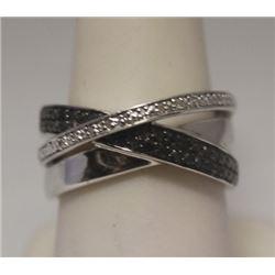 Exquisite Black &White Diamonds Silver Ring