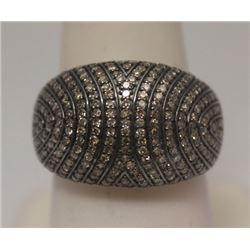 Dazzling Antique Style Black & White Diamonds Silver Ring