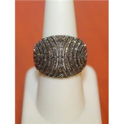 Unique Clustered Ring