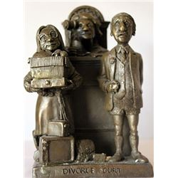 Divource Court - Limited Edition Bronze Sculpt. - Charles Bragg