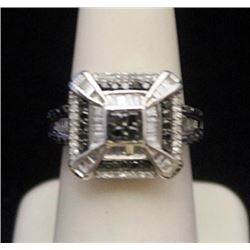 Beautiful Silver Antique Style Ring with Black & White Diamonds (169I)