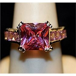 Beautiful Pink Lab Sapphires Sterling Silver Ring. (746L)