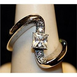 Fancy White Sapphires Sterling Silver Ring. (762L)