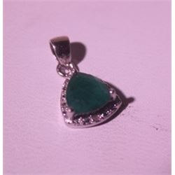 Exquisite Sterling Silver Pendant with Genuine Columbian Emerald