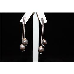 Lady's Fancy Dangling Balls Silver Earrings (21E)