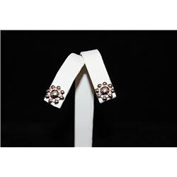 Fine Flower Silver Stud Earrings (59E)