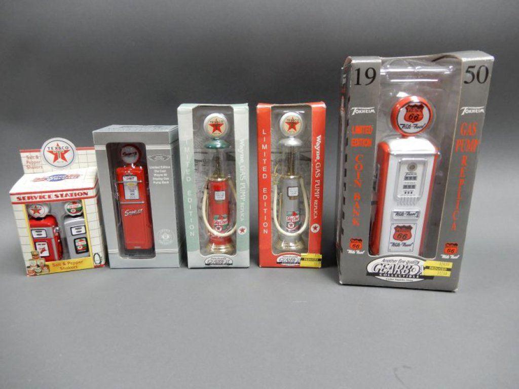 GROUPING OF 5 REPLICA GAS PUMPS 2 GEARBOX WAYNE VISIBLE PUMPS- TEXACO PUMP  SALT & PEPPER SHAKERS- 2