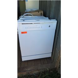 GE Dishwasher Model GSD4000R15WW