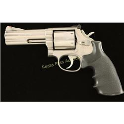 Smith & Wesson 686 .357 Mag SN: AHU5961