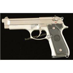Beretta 92FS 9mm SN: L713262