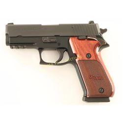 Sig Sauer P220 .45 ACP SN: G393968