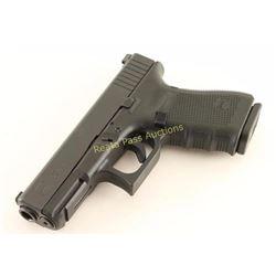 Glock 23 Gen 4 .40 S&W SN: XYA276