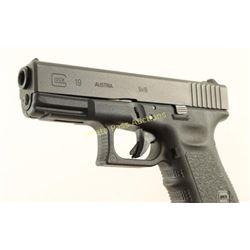 Glock 19 Gen 3 9mm SN: HRH301
