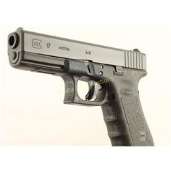 Glock 17 Gen 3 9mm SN: UUY550