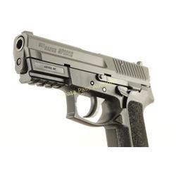 Sig Sauer SP2022 9mm SN: 24B123435