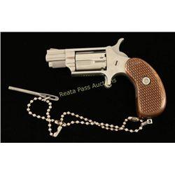 Unknown Mini Revolver .22 LR SN: V65511