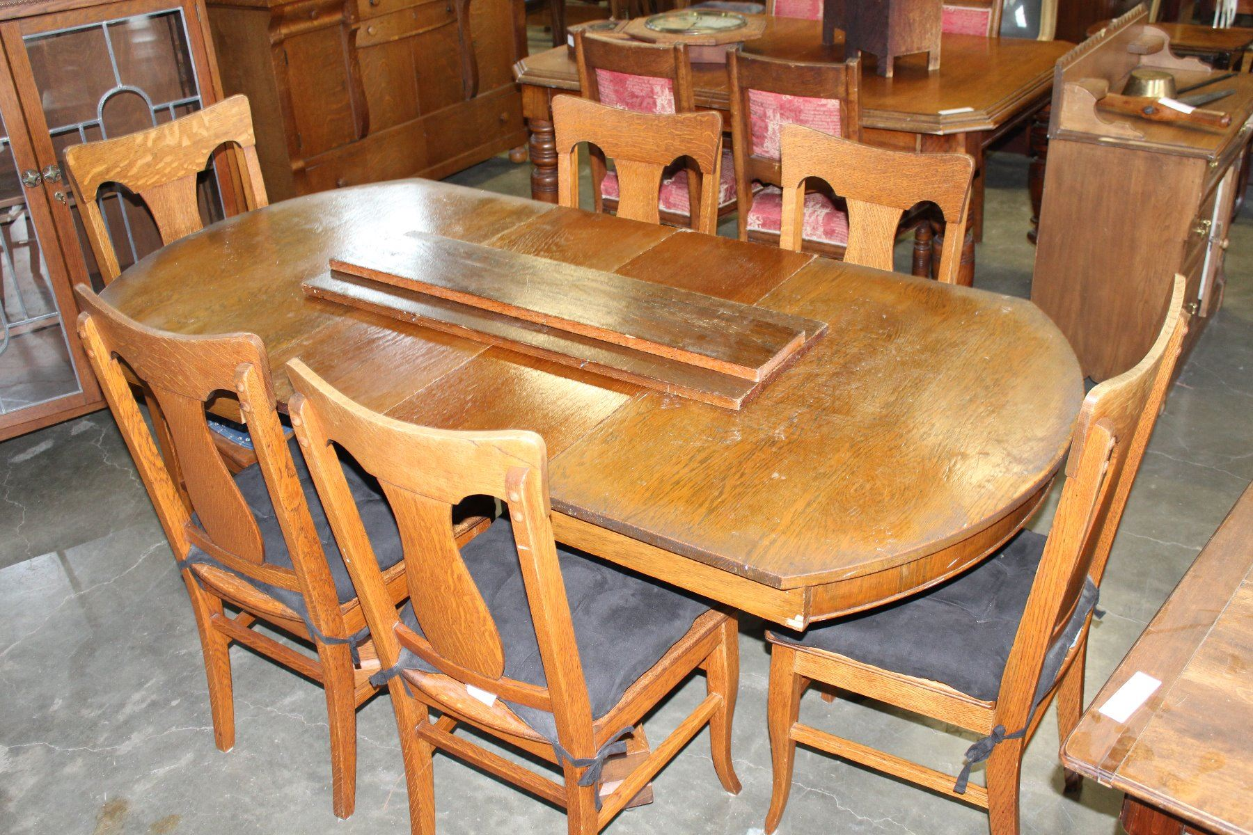 Pleasant Antique Tiger Oak Dining Table With Four Leafs And Six T Cjindustries Chair Design For Home Cjindustriesco