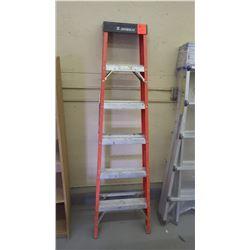 1 featherlight 6' step ladder