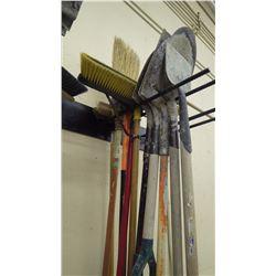 Grouping of shovels / broom / sledge hammer
