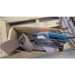 Makita 9924 DB belt sander plus 2.5 ton pallet puller, unused in box