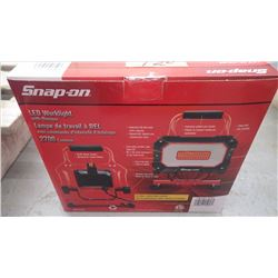 Unused snap-on LED work light with dimmer w/2700