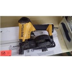 Bostich air roofing nailer w/new box of 7200 nails