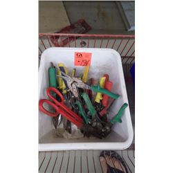 Tub with assorted tin snips
