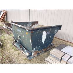 Metal dump tub for fork lift