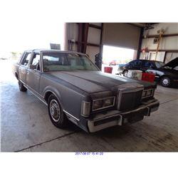 1988 - LINCOLN TOWN CAR