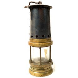 Unmarked Bonneted Clanny Style Safety Lamp