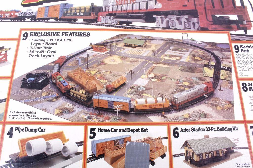 Tyco Railroad Empire Electric HO Scale Train Set