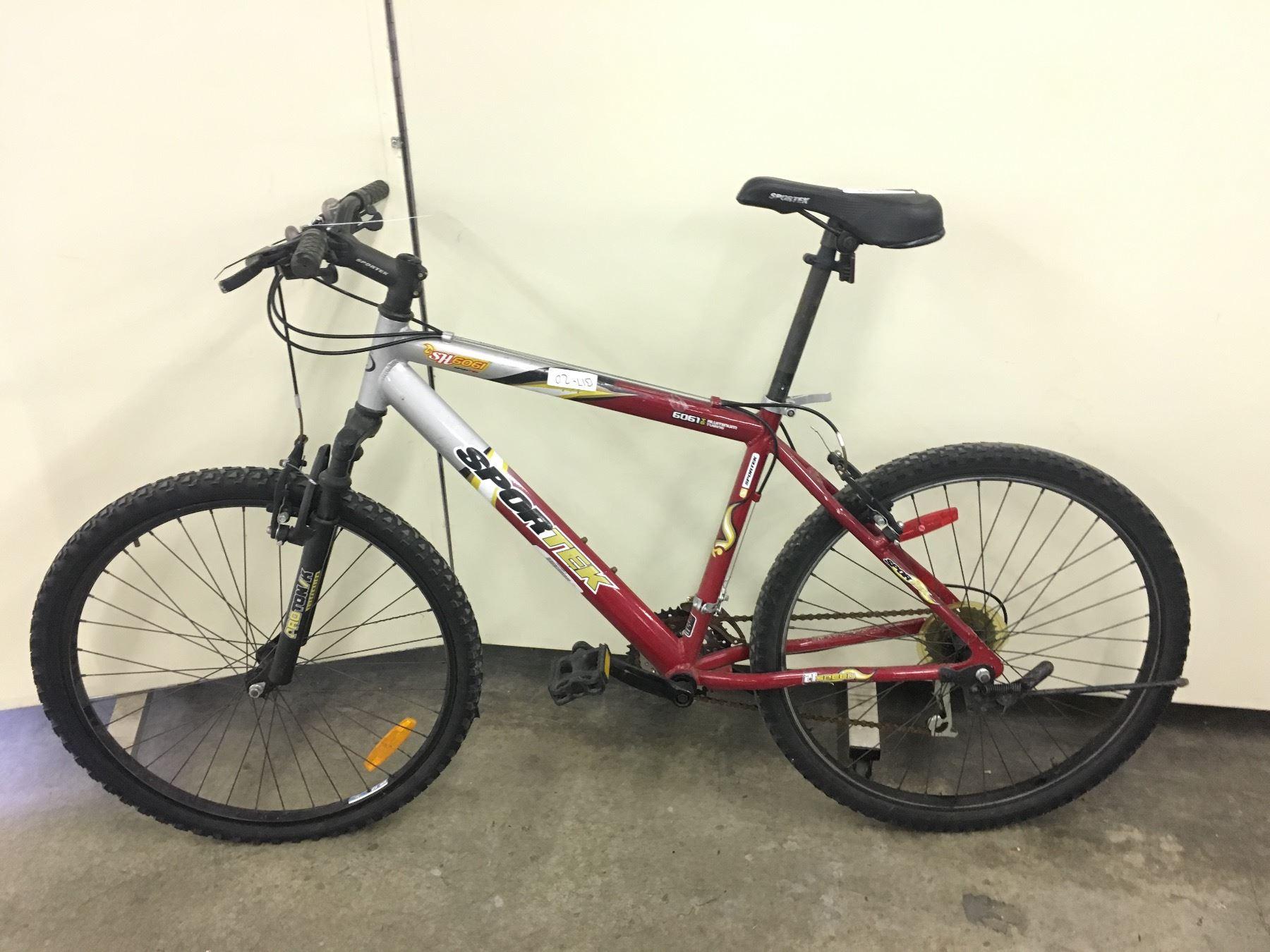 Red And Grey Sportek Sh6061 Front Suspension Mountain Bike Able Auctions Kung nag hahanap kayo ng mtb na nasa ganitong price point for commuting or casual rides, this. able auctions