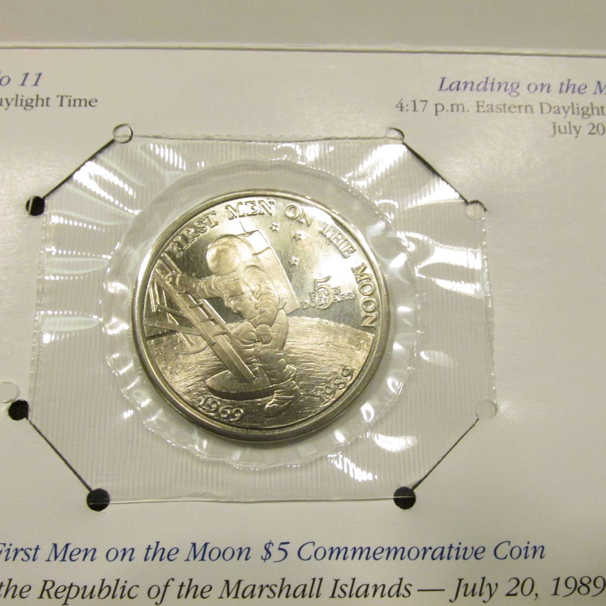 1989 Marshall Islands First Men on the Moon $5 Five Dollar Commemorative Coin