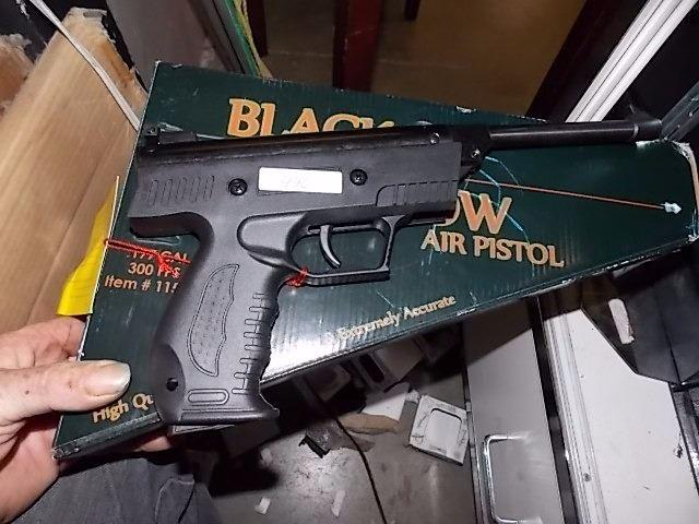 BLACK WIDOW AIR PISTOL - NEW -  177 CAL