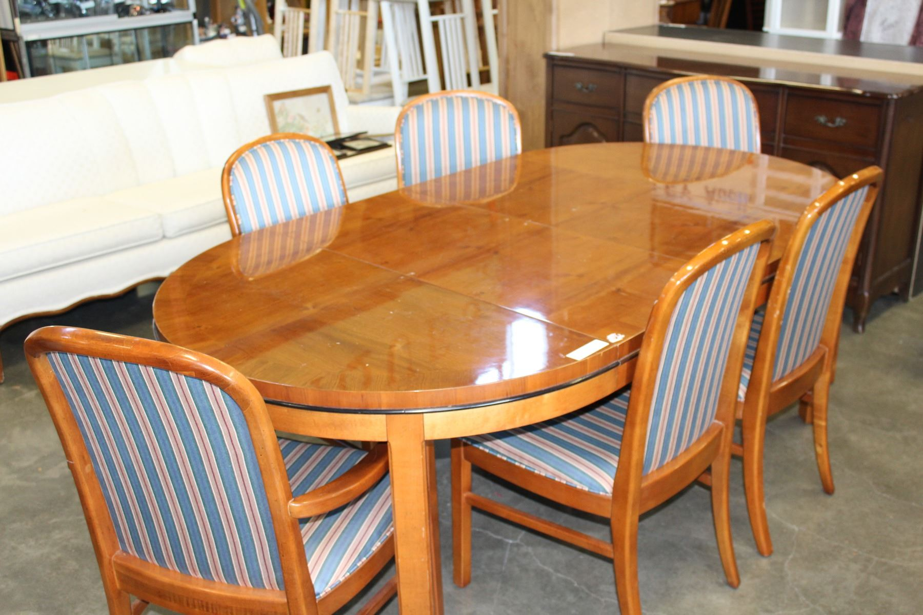 Round Hickory White Dining Table W 2 Leafs 6 Chairs