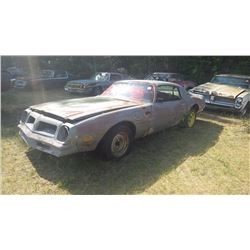 1976 PONTIAC TRANS AM 400 CID ENGINE WITH BORG WARNER SUPER T-10 4 SPD TRANS AND POSI DIFF