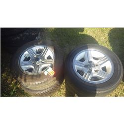 SET OF 4 CAMERO WHEELS AND TIRES ((1980), 2 P45/50R16 AND P255/50R/16