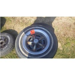 """SET OF 5 PONTIAC RALLY WHEELS 15"""" WITH WORE OUT TIRES"""