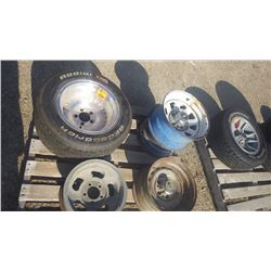 PALLET WITH VARIETY OF GM RALLY WHEELS AND AND 14/6 ALUMINUM SLOT AND 1 15X12 CENTRE LINE RIM WITH B