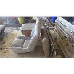 CAMERO Z28 1 BUCKET SEAT, REAR SEAT ASSEMBLY, DOOR PANELS WITH HANDLES INCLUDED