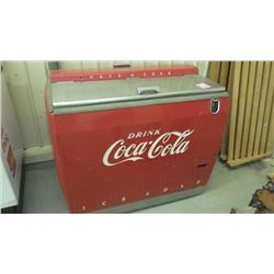 1950'S COKE COOLER (VERY NICE CONDITION)
