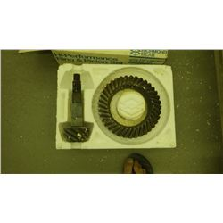 RICHMOND GEAR HI-PERFORMANCE RING AND PINION GEAR SET FOR CHEV 4:11 GEAR RATIO