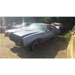 1969 PONTIAC GTO FENDERS AND BUMPERS INCLUDED