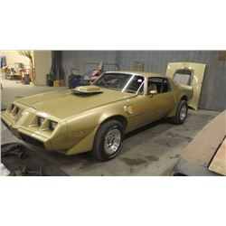 NO PST...1979 POINTIAC TRANS-AM WITH 455 ENGINE (RUNS AND DRIVES) SER# 2W87K9N135583