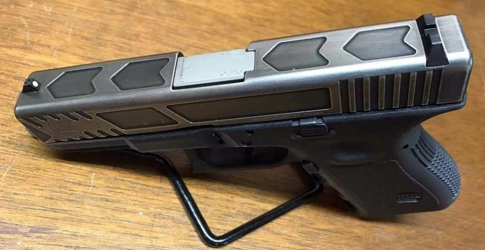 Glock 19 Battleworn Slide 9mm with extensive Relief Cuts
