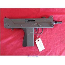 M II M II - 9MM