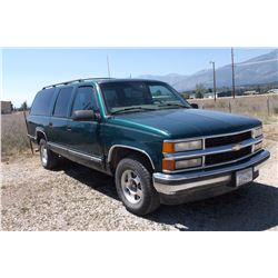 1997 Suburban 1500, 298,000  Miles- Runs Good- Clear MT Title