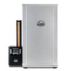 BRADLEY Four Rack Digital Smoker, with 24-pack of premium hunter's blend bisquettes