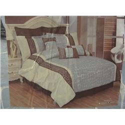 New King size comforter set
